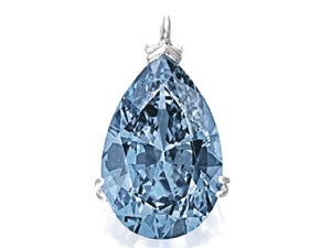 Diamante azul foi leiloado na noite de quinta-feira por 32,6 milhões de dólares em Nova York (Foto: Divulgação)
