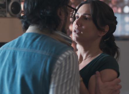 Roney abre o coração para Josefina: 'Tenho pensado muito em você'
