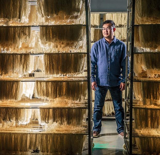 Empresa;Bifum;12 horas de descanso Chiang aposta no processo artesanal de fabricação como diferencial (Foto: Fabiano Accorsi)