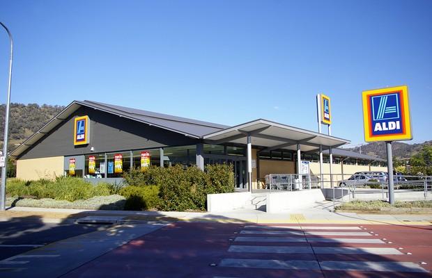 Beate Heister e Karl Albretch Jr. administram os supermercados Aldi (Foto: Creative Commons)