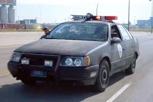 O antigo Ford Taurus do primeiro Robocop  (Foto: Divulgação)