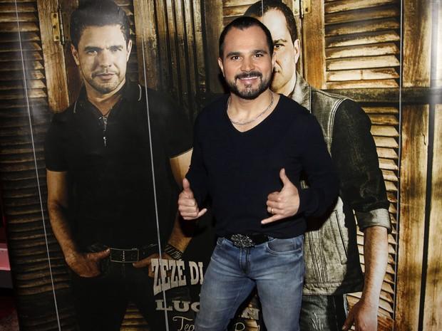 Luciano em show em São Paulo (Foto: Celso Tavares/ EGO)
