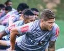 """Rafael Moura pede mais vibração e diz que falta """"algo a mais"""" ao time do Galo"""