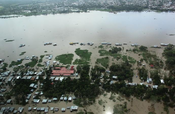 Cheia no Amazonas (Foto: Adneison Severiano/G1 AM)