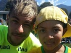 Neymar realiza sonho de menino com câncer: 'Ele salvou meu filho', diz mãe
