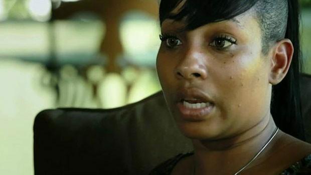 Natalie diz que seu corpo se deteriorou anos após seu procedimento (Foto: BBC)