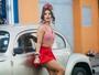 Em Salvador, musa Mari Antunes mostra o que é que a baiana tem
