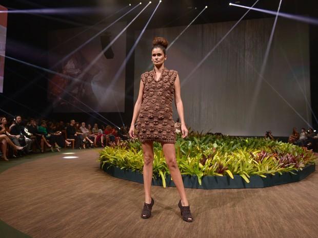 Carol Ribeiro desfila em evento de moda em Belo Horizonte, Mina Gerais (Foto: Francisco Cepeda/ Ag. News)