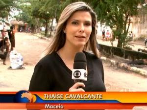 Thaíse Cavalcante em reportagem para o Bom Dia Brasil  (Foto: Reprodução/ Rede Globo)