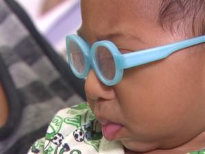 Mateus, de cinco meses, já está com os dentes nascendo (Foto: Reprodução/TV Globo)