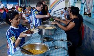 Tradicionais, feijoadas agitam o Rio antes e durante o carnaval