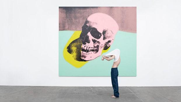 Obra de Andy Warhol, Skull, 1976 © The Andy Warhol Foundation / ARS (Foto: Willy Vandeperre/Divulgação)