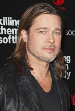 Brad Pitt em première de filme em Nova York, nos Estados Unidos (Foto: Andrew Kelly/ Reuters/ Agência)