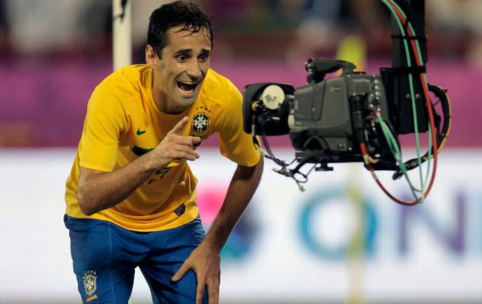 Jonas, Brasil x Egito (Foto: Reuters)