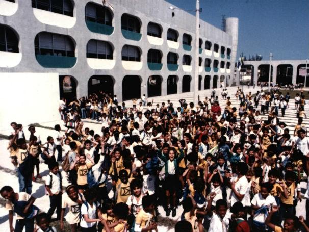 Um dos Cieps criados por Darcy Ribeiro (Foto: Divulgação/Acervo Fundação Darcy Ribeiro)