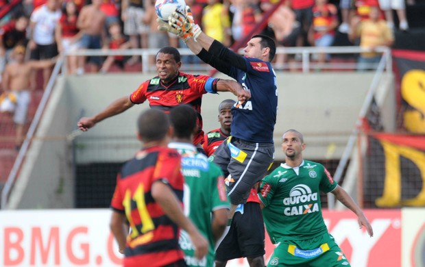 sport x chapecoense (Foto: Antônio Carneiro / Pernambuco Press)