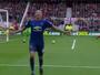 Lingard, do Manchester United, acerta belo chute e leva pintura internacional