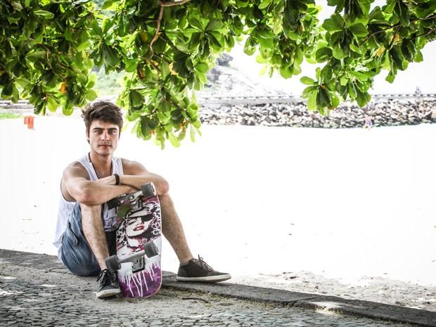 CLICA NA FOTO PRA CONFERIR ENSAIO EXCLUSIVO COM GUILHERME LEICAM (Foto: Malhação / Tv Globo)