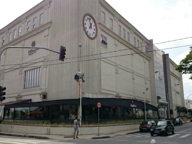 Shopping de Sorocaba é o único a operar sem nenhuma loja aberta (Foto  Jomar dd51da8151