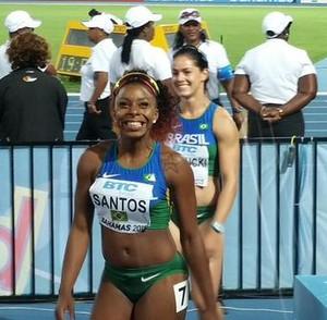 Rosângela Santos 4x100m feminino mundial de revezamento (Foto: Reprodução / Twitter)