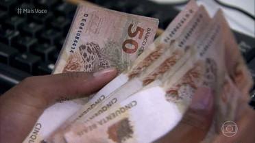 Brasileiros voltam a aplicar na poupança