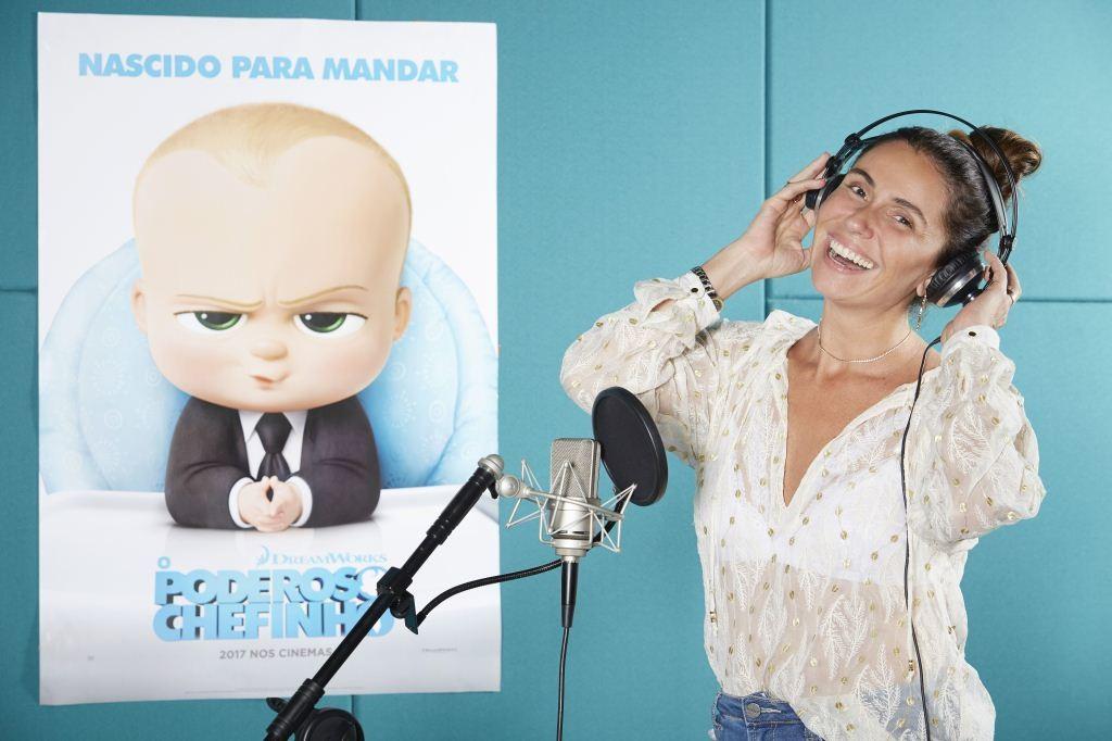 Giovanna Antonelli durante a dublagem de 'O Poderoso Chefinho' (Foto: Guto Costa)