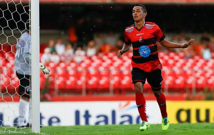 São Paulo x Ituano (Foto: Miguel Schincariol/Ituano FC)