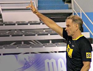 Bernardinho seleção vôlei Liga Mundial (Foto: João Gabriel Rodrigues)