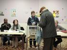 Aliança de Sarkozy vence eleições locais na França, diz boca de urna