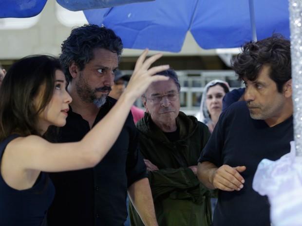 Marjorie e Nero ensaiam com diretor Pedro Vasconcellos (Foto: Artur Meninea/Gshow)
