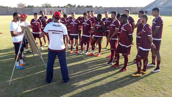 América-RN - Felipe Surian, técnico - jogadores (Foto: Carlos Augusto/América FC/Divulgação)