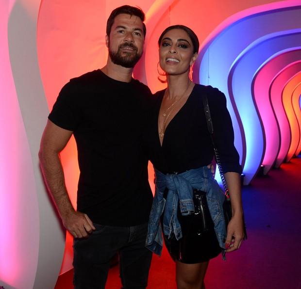 Juliana Paes e o marido, Carlos Eduardo Baptista (Foto: Thyago Andrade/Brazil News)