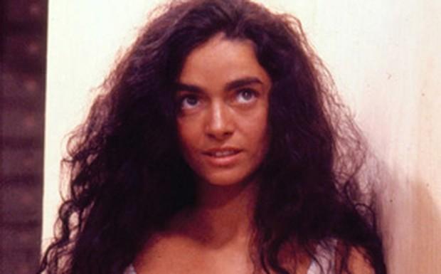 Claudia Ohana (Tieta)