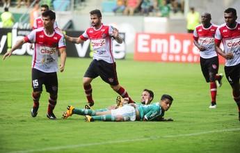 Palmeiras não tem imaginação e cruza bolas de qualquer jeito, afirma Lino