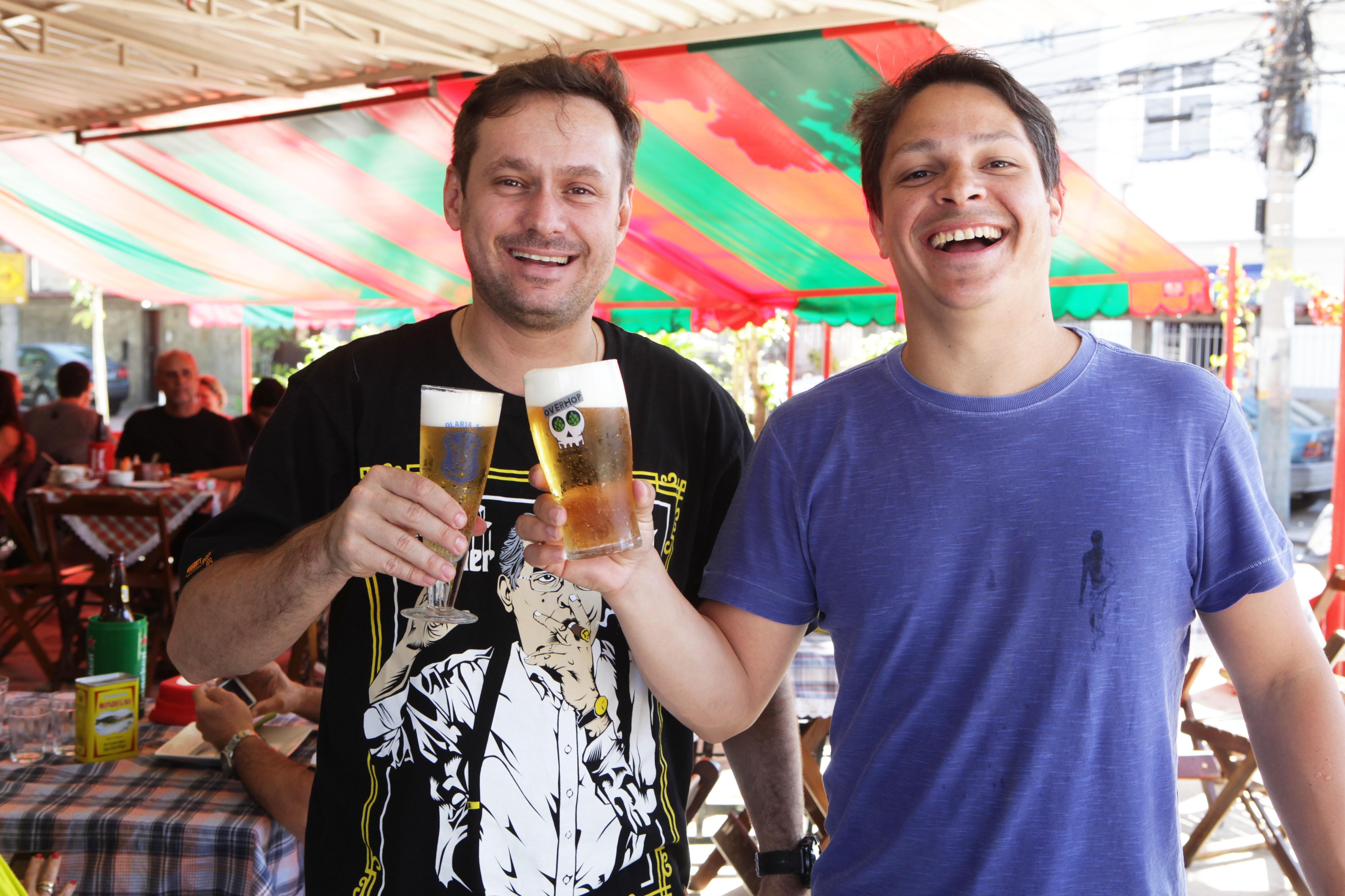 Paulinho e  Fabinho estão à frente do festival