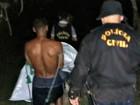 'Ele caminhou 1h com criança morta', diz delegado sobre crime no AC