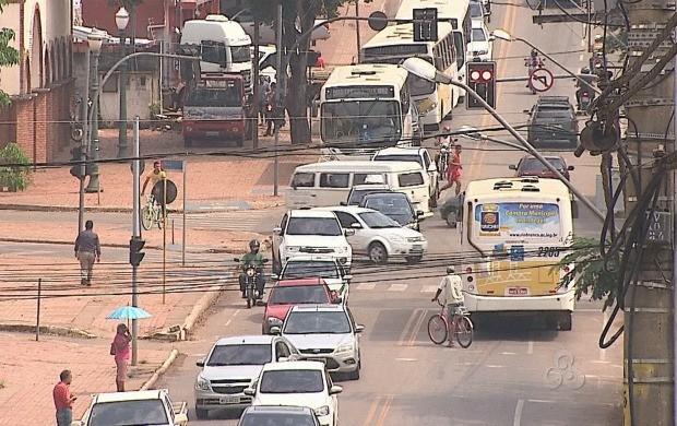 Relatório constata que maioria dos acidentes acontecem durante os fins de semana (Foto: Bom Dia Amazônia)