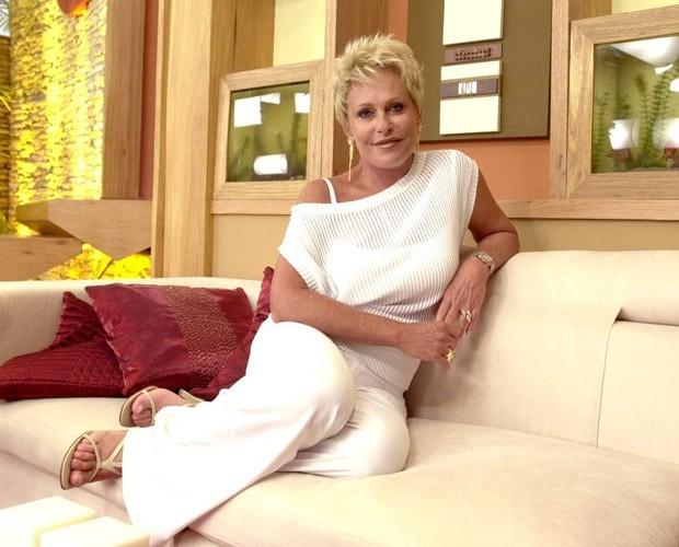 Ana Maria gosta de usar branco às sextas-feiras (Foto: Divulgação / TV Globo)
