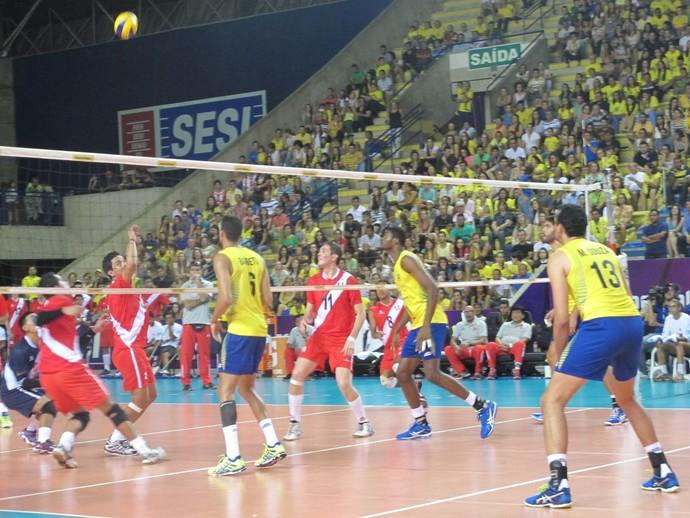 Brasil x Peru, Sul-Americano de vôlei (Foto: Marcello Pires)
