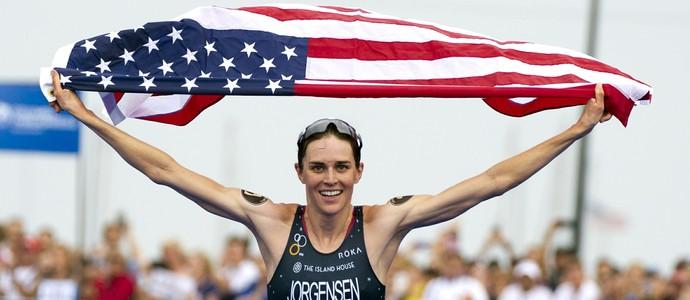 Gwen Jorgensen vence etapa de Chicago e é campeã mundial de triatlo (Foto: Getty Images)