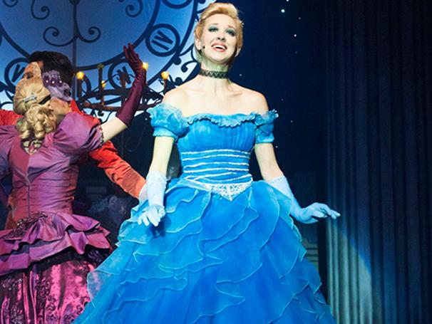 Cena do Espetáculo 'Cinderella' (Foto: Divulgação)