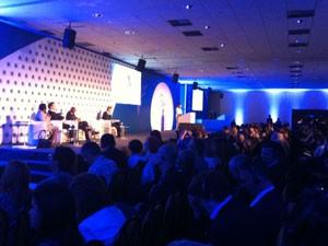 Graça Foster participou de abertura de fórum empresarial (Foto: Darlan Alvarenga/G1)