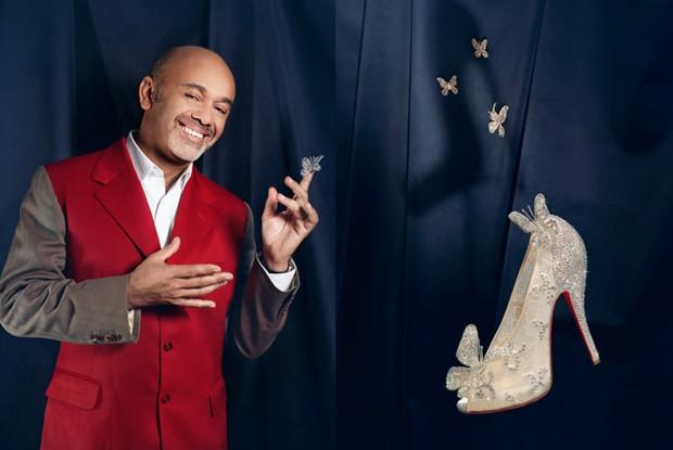 O sapato da Cinderela criado por Christian Louboutin é o grande prêmio do concurso cultural da Vogue (Foto: Divulgação)