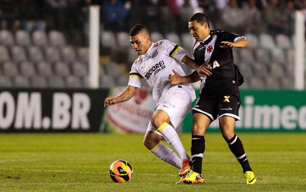 Alisson e Eder Luis Santos x Vasco (Foto: Miguel Schincariol / Ag. Estado)