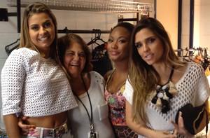 Coleguinhas mostram camarim e bastidores antes da gravação (Caldeirão do Huck/TV Globo)