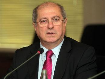 Ministro Paulo Bernardo esteve em Curitiba nesta segunda-feira (25) (Foto: Fiep/ Divulgação)