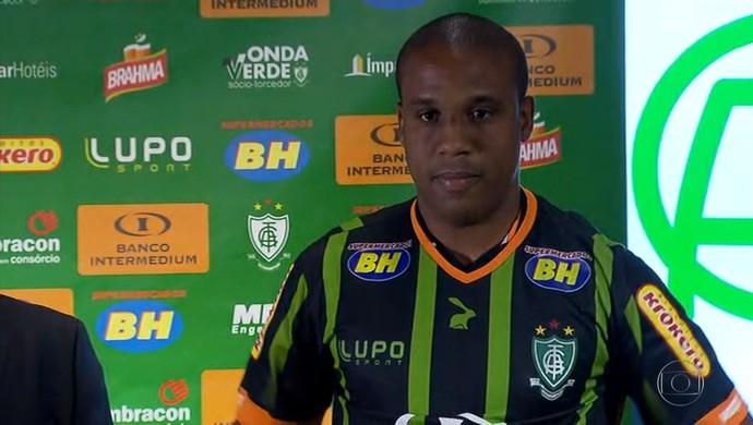 Borges foi apresentado como reforço do América-MG para o restante da temporada (Foto: Reprodução/TV Globo)