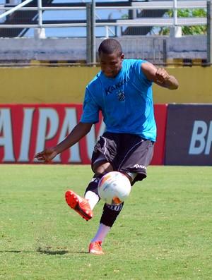 490425102a Alan Mineiro se apresenta ao torcedor do Corinthians e celebra chance