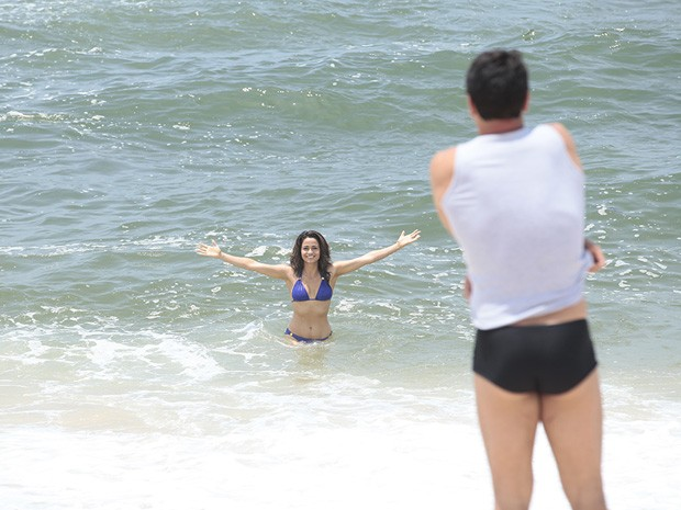 Nanda Costa grava com Lombardi (Foto: Salve Jorge/TV Globo)