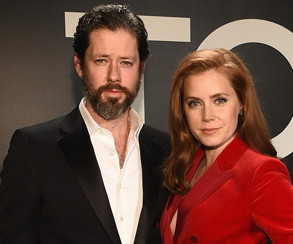 amy Adams e Darren Le Gallo (Foto: Getty Images)